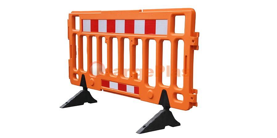 2Meter Plastic Fence Barrier (2)